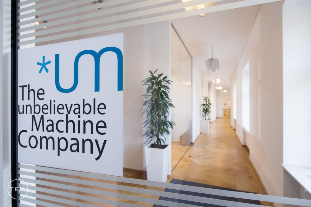 Teamportrait & Raumaufnahmen - The unbelievable Machine Company: *um by Tirza Podzeit photography