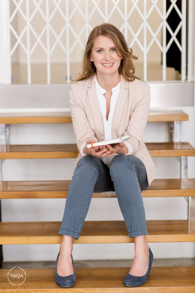 Businessportrait - Barbara Hiersche by Tirza Podzeit photography